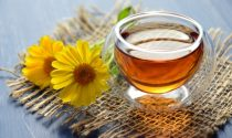 What is Manuka Honey - Uses, Risks, How to Take